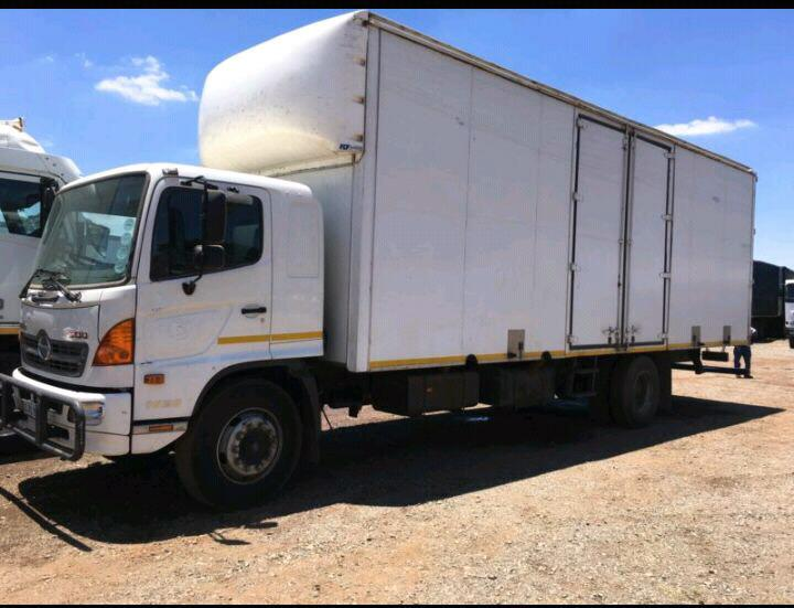 Affordable Furniture Removals Douglasdale, Office Removals Sandt